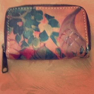 Patricia Nash small floral leather wallet like new
